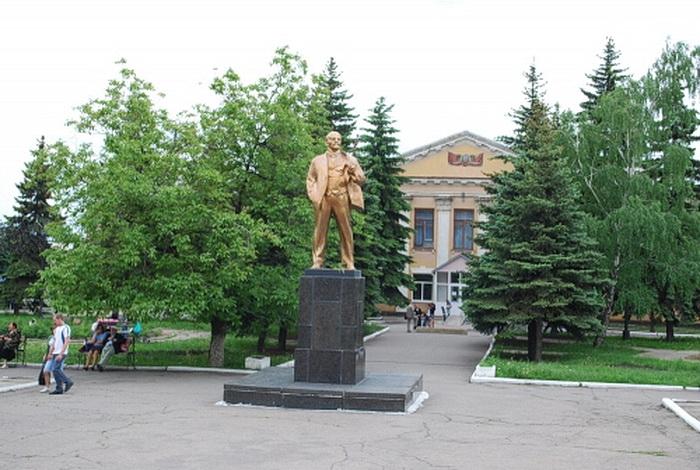 Snowy Lenin Square
